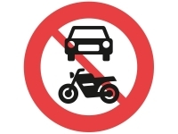 C22.1, 50 cm. Motorkøretøj, traktor m.v. forbudt